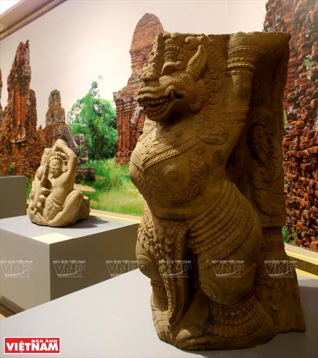 14052018154755770 15 resize - Thành tựu sau một thế kỷ của ngành khảo cổ học Việt Nam
