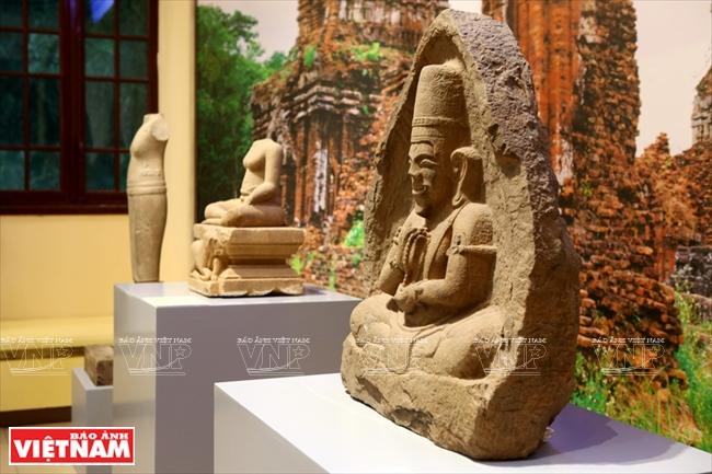 1405201815475635 16 resize - Thành tựu sau một thế kỷ của ngành khảo cổ học Việt Nam