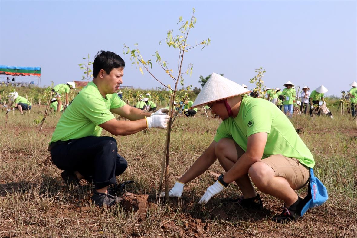 Tổ chức hoạt động bảo vệ môi trường, chống rác thải nhựa tại Vườn ...