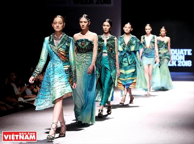 Khi thời trang lấy nguồn cảm hứng từ thiên nhiên và văn hóa Việt