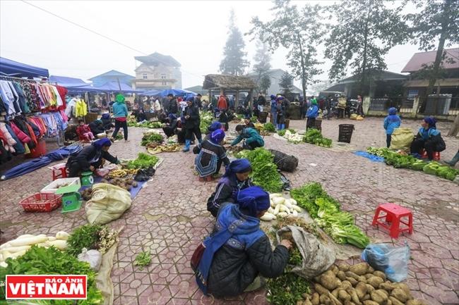Market in the mist