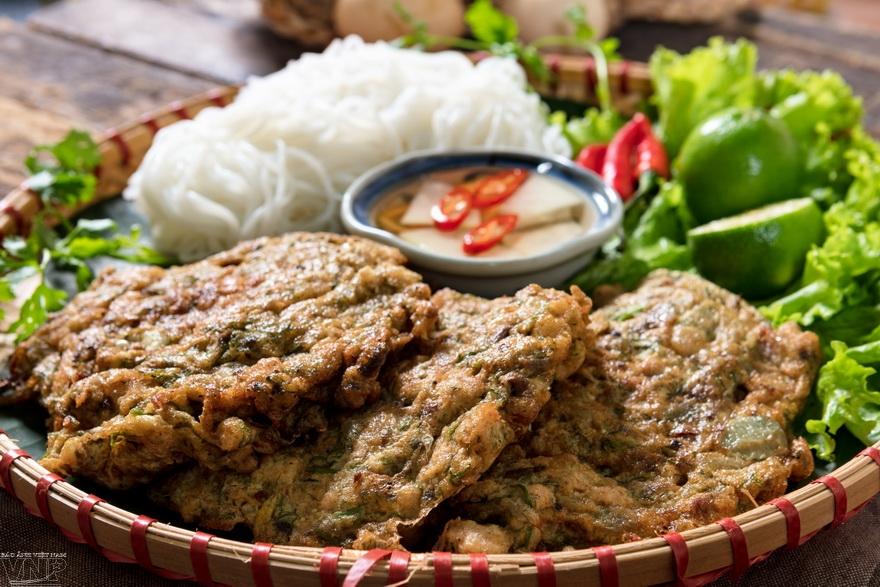 Hachis frit de néréides de Hanoi