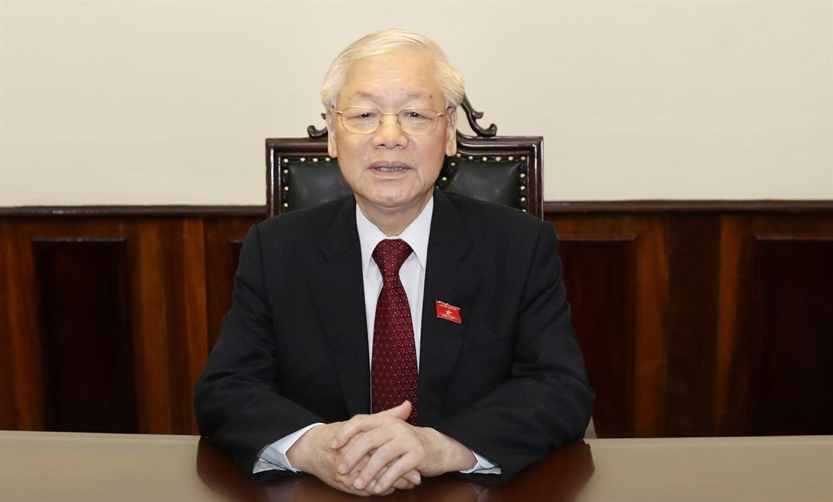 응웬푸쫑(Nguyễn Phú Trọng)당서기장 국가주석: 한 마음으로 함께 코로나-19 방역하여 이겨낼 것입니다.