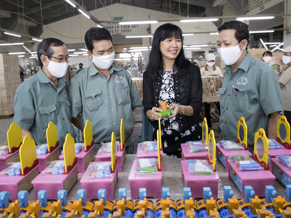 A 30-year-journey of Duc Thanh Wood